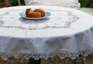 棒槌蕾絲桌巾